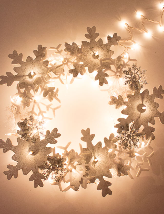 Glowing Snowflake Wreath Design Improvised