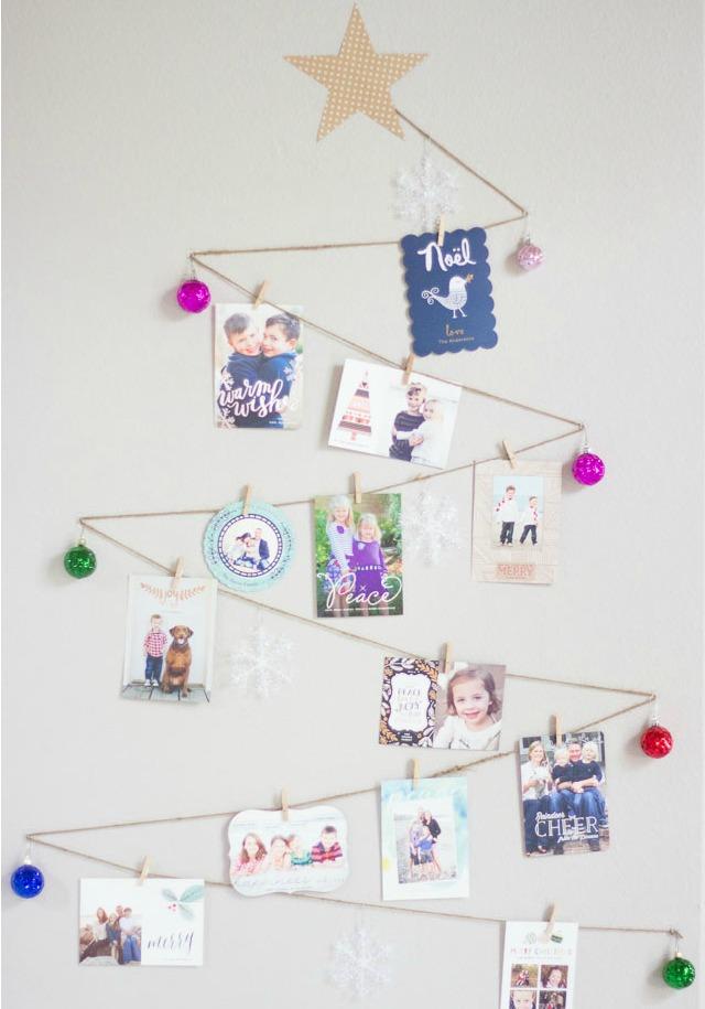 Simple DIY Holiday Card Display (PRINTABLE INSTRUCTIONS)
