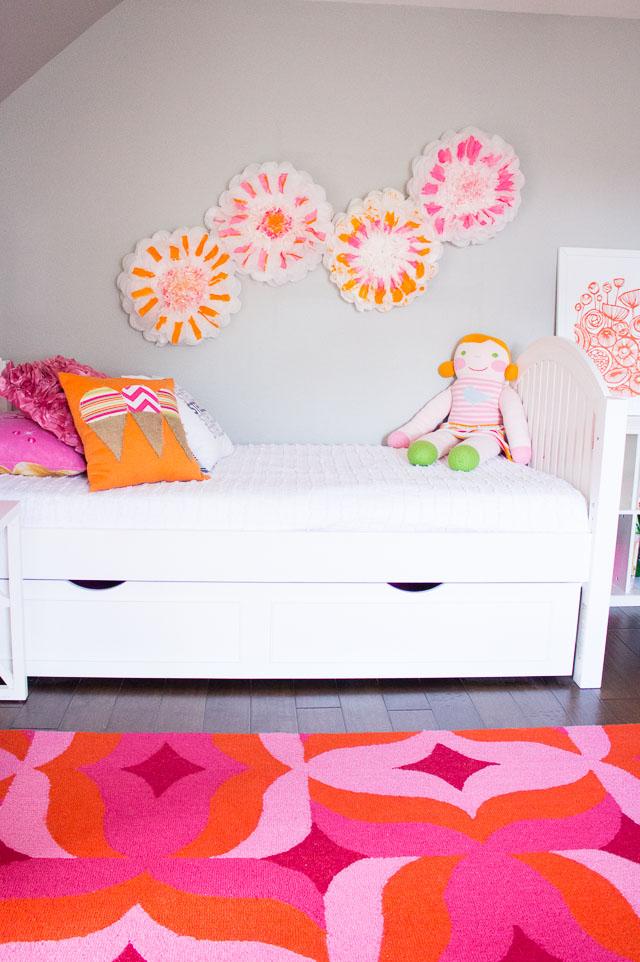 DIY Painted Flower Pom-Poms