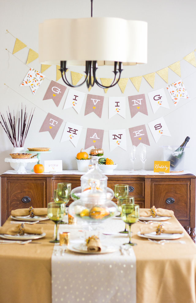 Giving Thanks bunting banner for Thanksgiving dinner