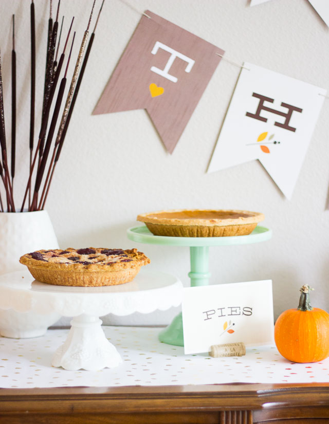 Thanksgiving pie display