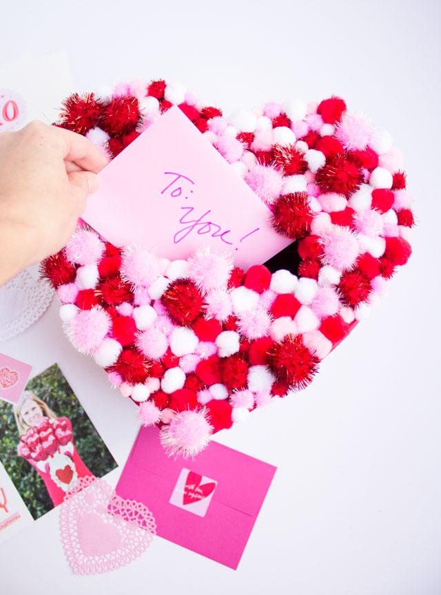 DIY pom-pom Valentine holder box