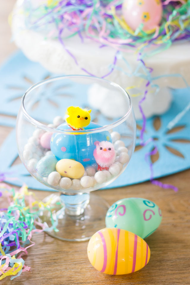 Make these sweet DIY Easter terrariums with mini chicks and Easter candy!