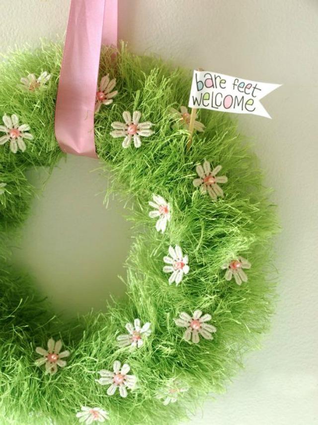 DIY Easter Grass Wreath - precious!