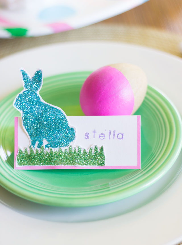 Glittered bunny place cards - perfect for an Easter brunch!