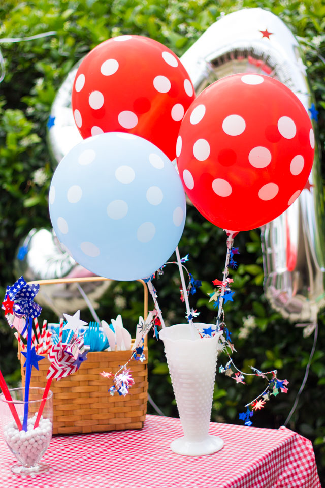 Red, white and blue polka dot balloons! A must have for your 4th of July party