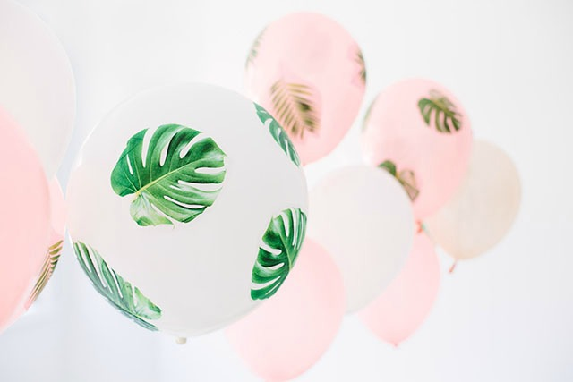 DIY palm frond balloons