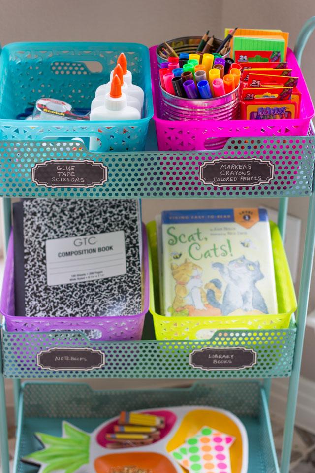 DIY Homework Station - so handy and portable too!