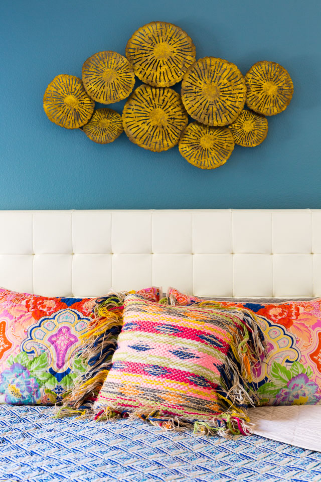 Master bedroom ideas with colorful boho bedding!