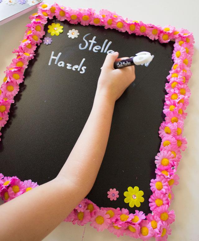 Make your own lemonade stand chalkboard menu!