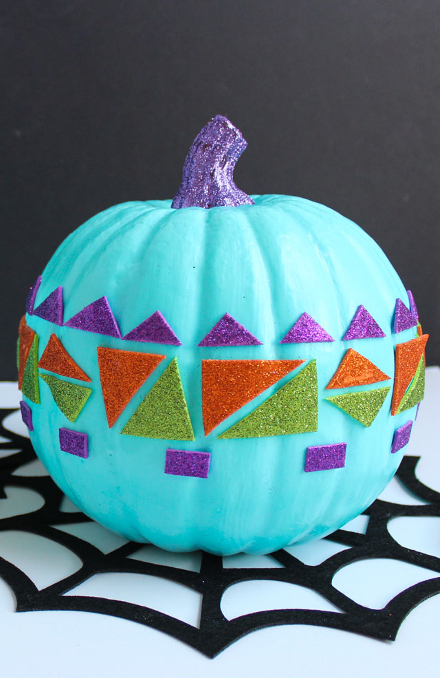 Make these modern no-carve pumpkins in minutes with stickers!
