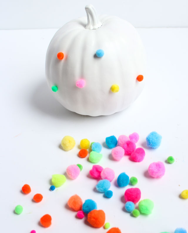 Make a polka dot pumpkin in minutes with pom-poms!