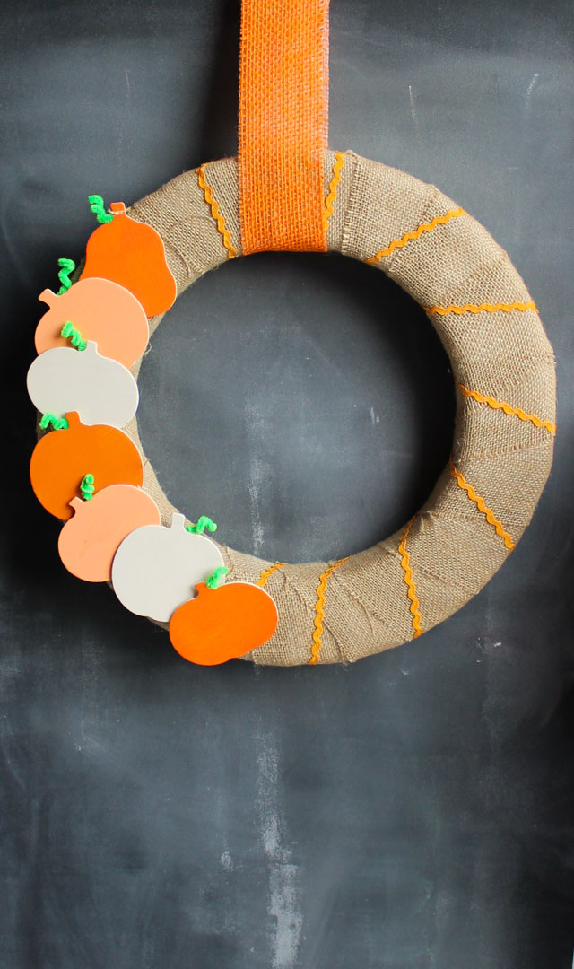 Keep this simple wood and burlap pumpkin wreath up from the beginning of fall through Thanksgiving!