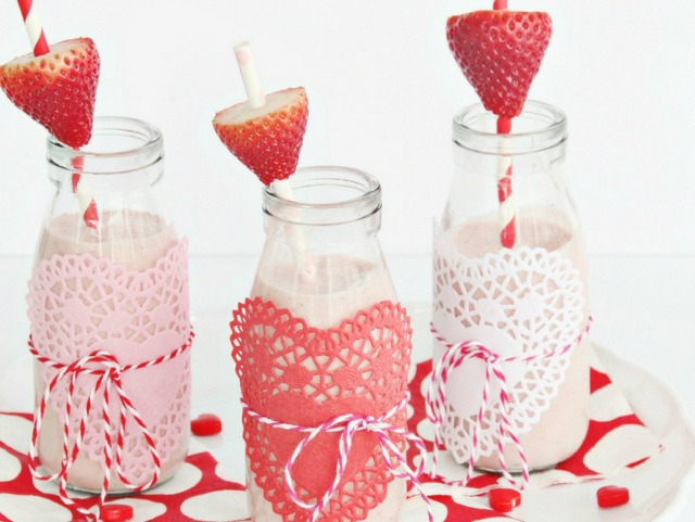 Use paper heart doilies and baker's twine to wrap Valentine's Day drinks!