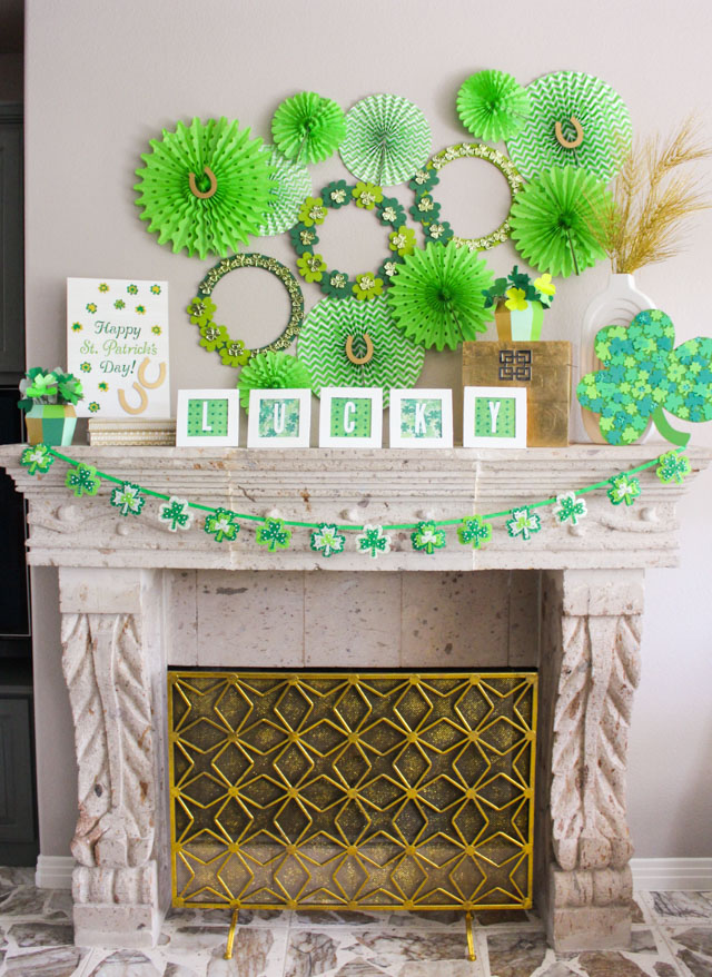 Love this St. Patrick's Day mantel decor! #stpatricksday #stpatrick #shamrock #lucky