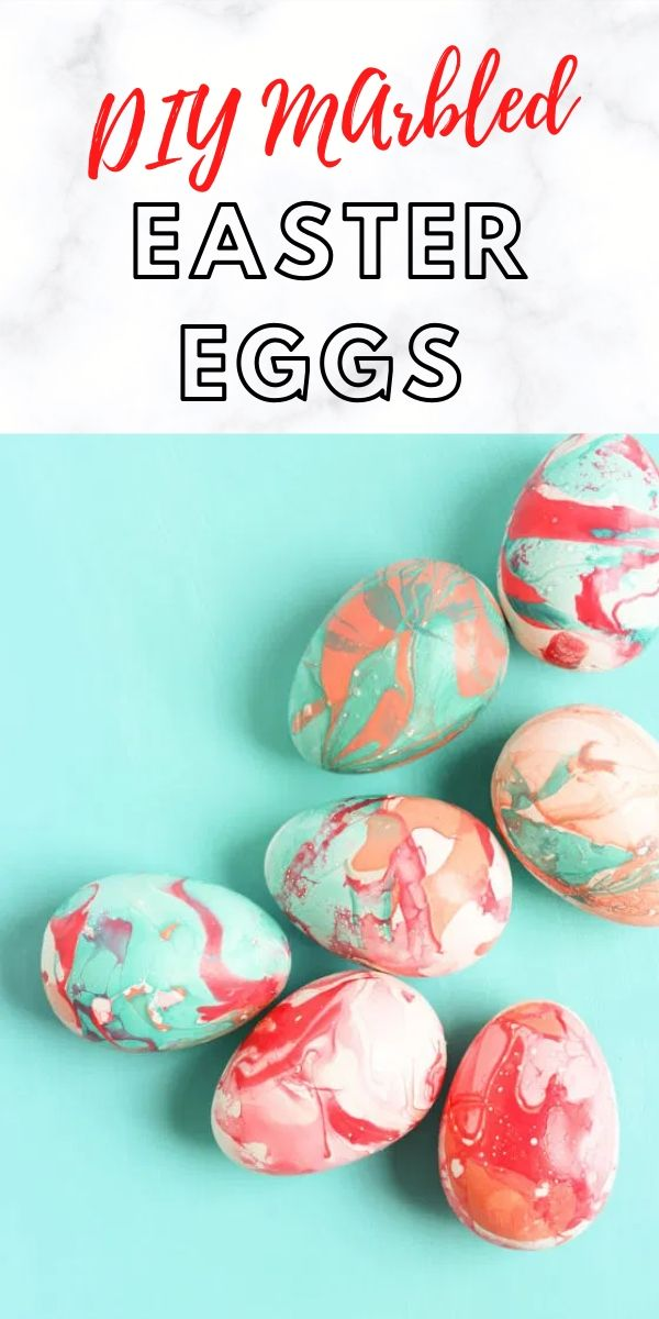 DIY Marbled Easter Eggs with Nail Polish