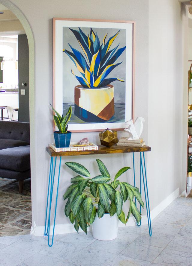 Foyer decor makeover with Minted art #foyerdecor #foyerart