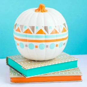 Use vinyl scraps to make this fun geometric modern pumpkin