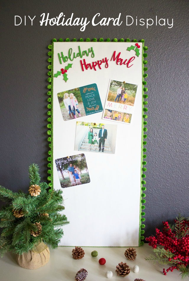 Create a holiday happy mail card display!