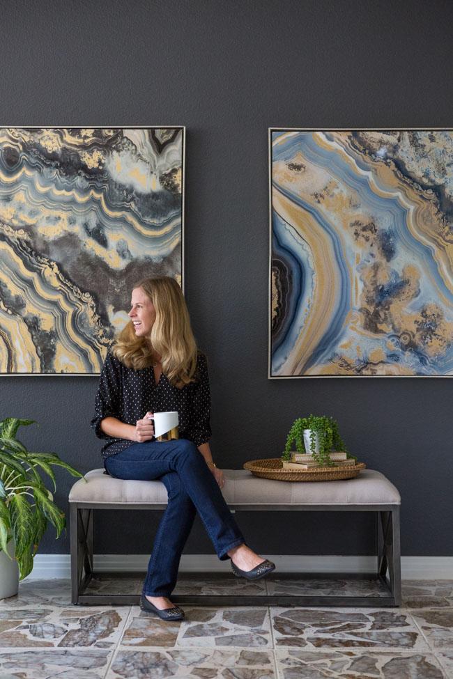 Modern geode inspired living room decor ideas