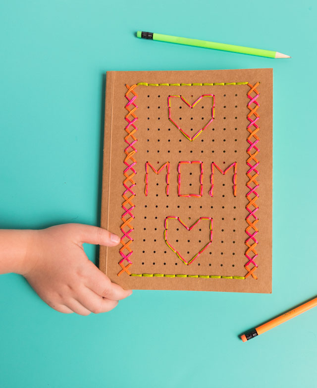 Mother's Day DIY - make mom an embroidered journal with this kit from Kid Made Modern! #mothersdaydiy #embroideryideas #kidmademodern
