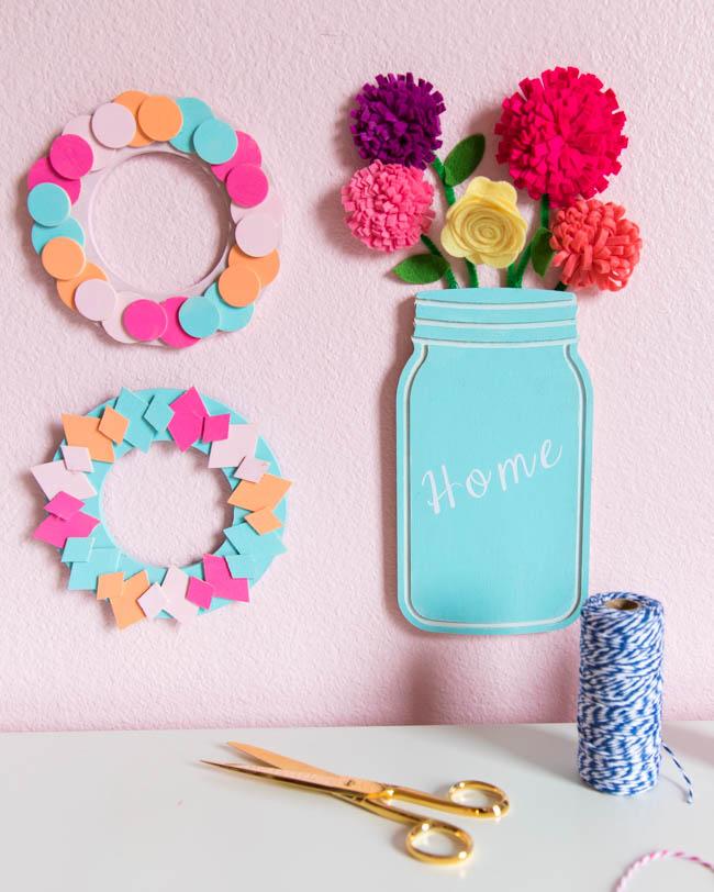 Floral mason jar wall decor craft idea