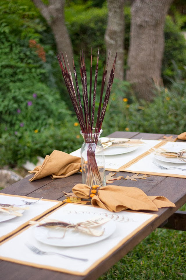 Casual outdoor Thanksgiving table