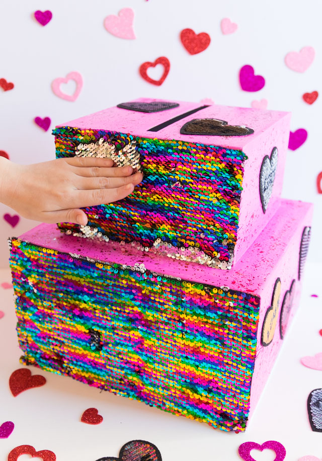 Flip sequin craft idea - Valentine card box