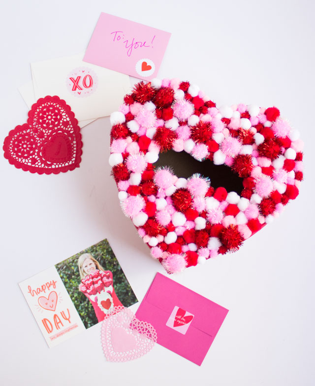 Pom-pom Heart Valentine Box