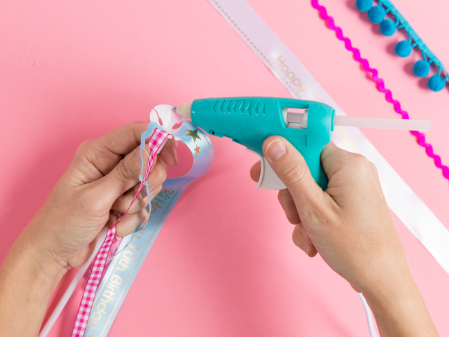 How to make DIY Ribbon Balloons with balloon sticks