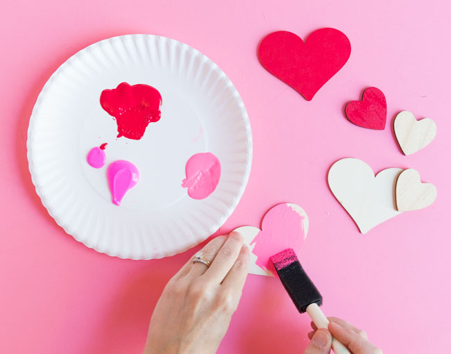 How to paint wood hearts