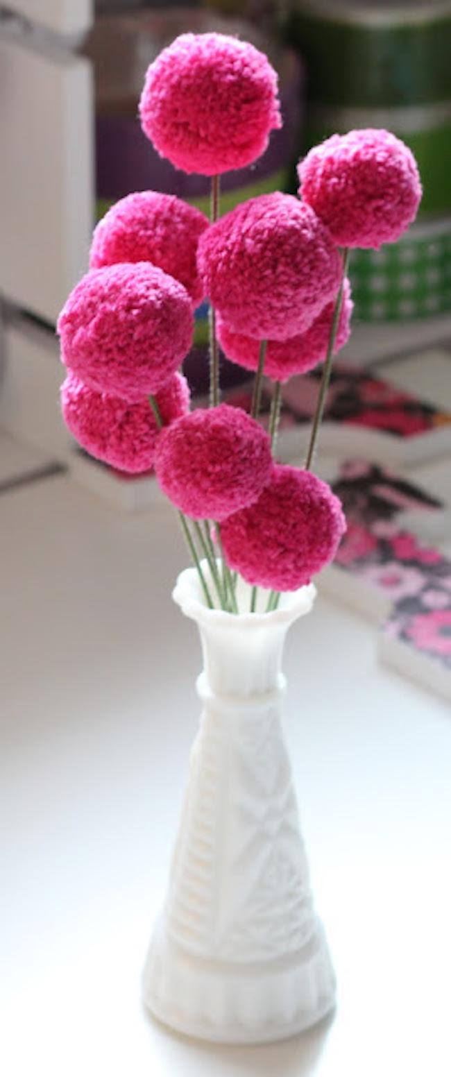DIY Pom-Pom Flowers