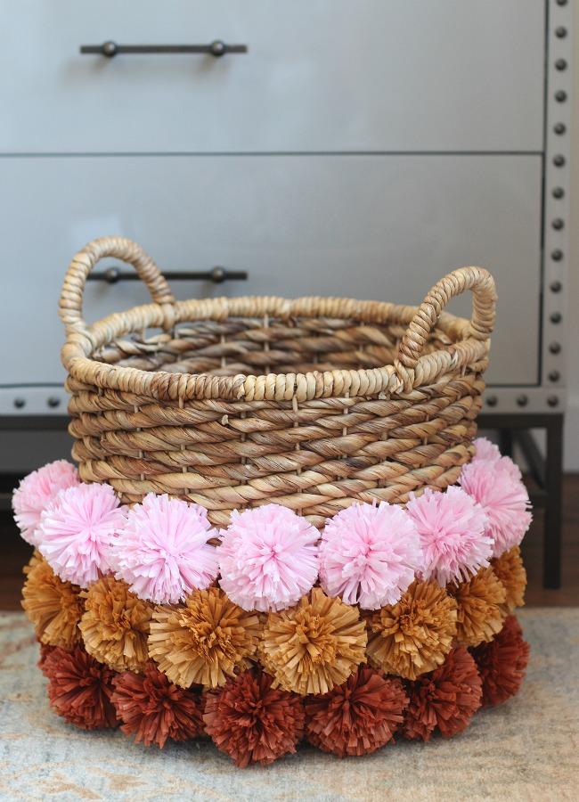 DIY Raffia Pom-Pom Basket
