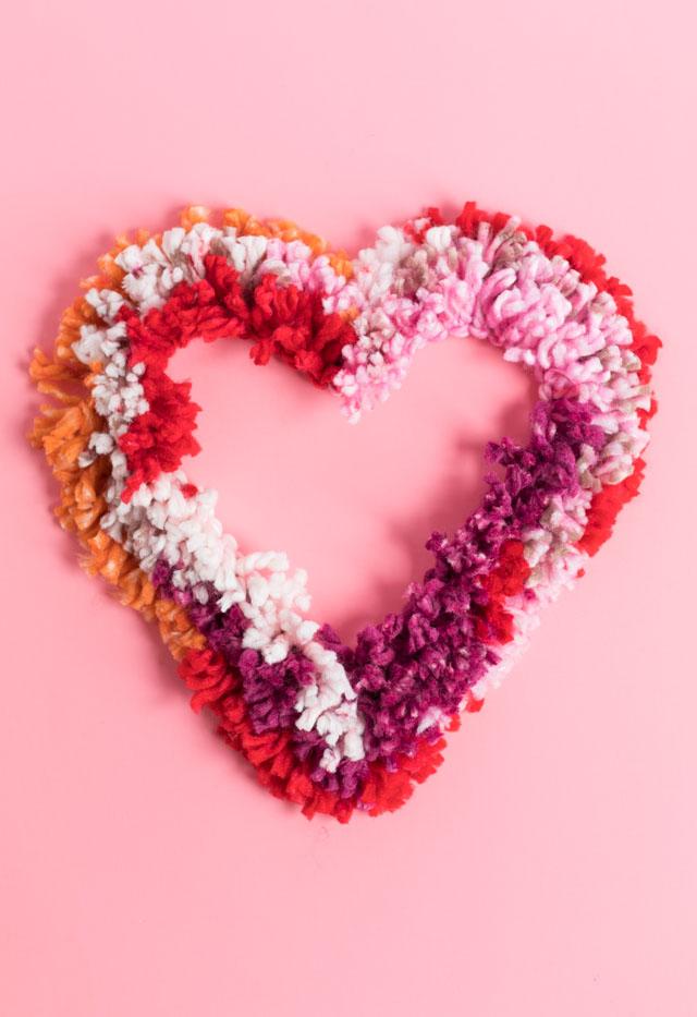 Fun crafts to do at home: yarn wreath