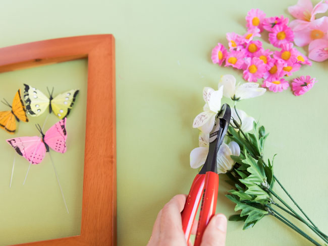 How to clip artificial flowers