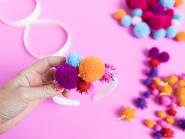 How to make a DIY pom-pom headband