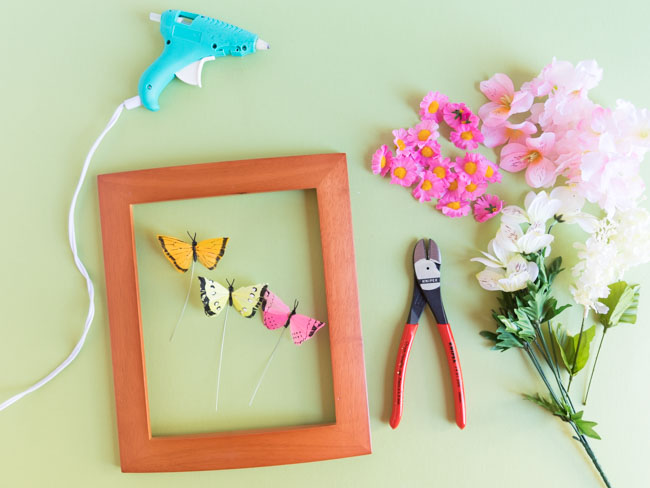 Supplies for DIY flower butterfly picture frames