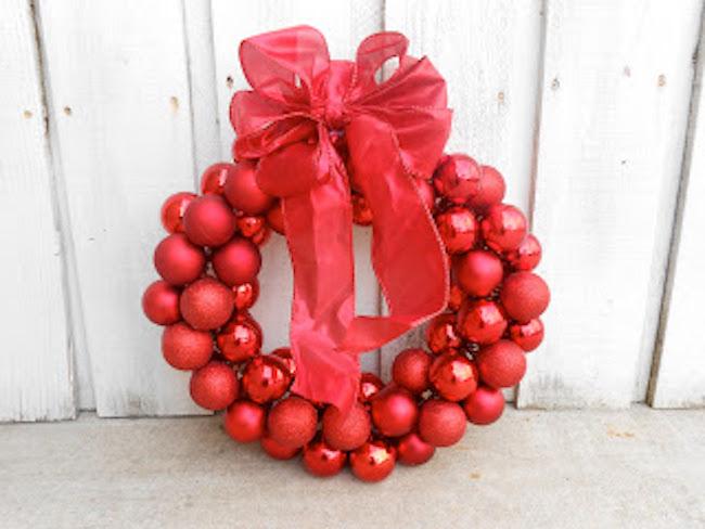DIY Red Christmas Ball Wreath