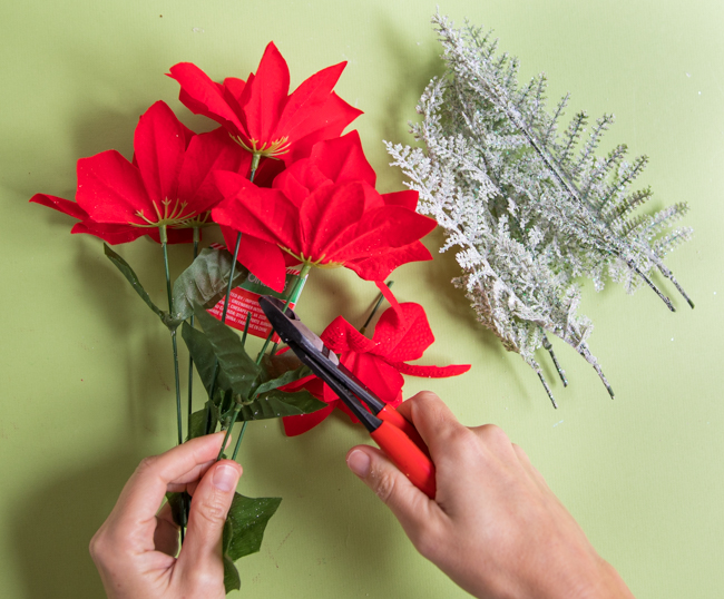 How to clip flowers from stems