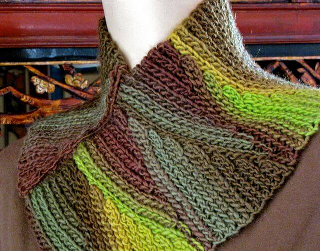Slip Tectonics Cowl: Slip Stitch Crochet