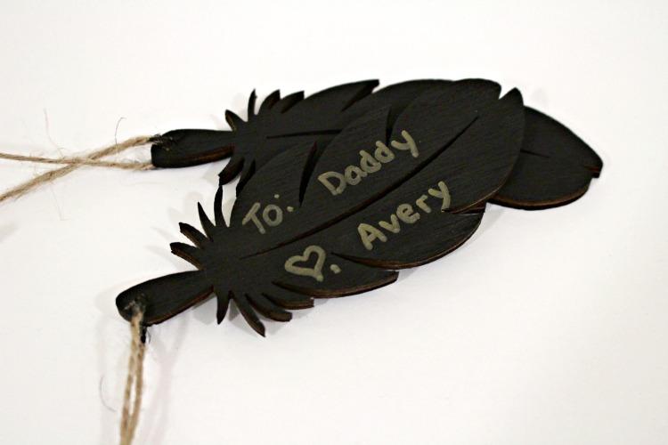 Christmas Wooden Gift Tags! www.designinsidethebox.com
