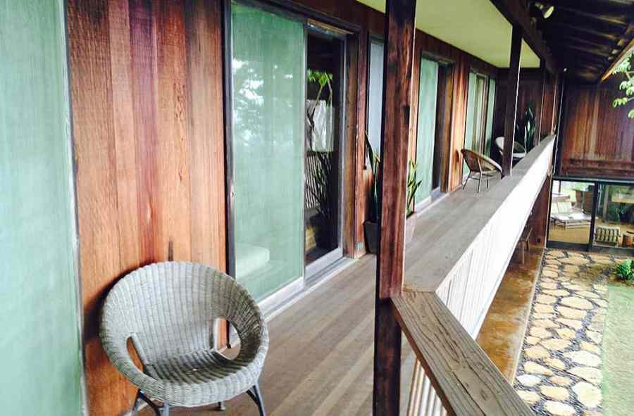 liljestrand-house-upstairs-deck