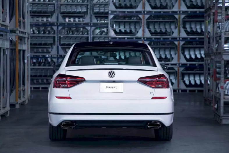The New 2018 Volkswagen Passat Gt 3