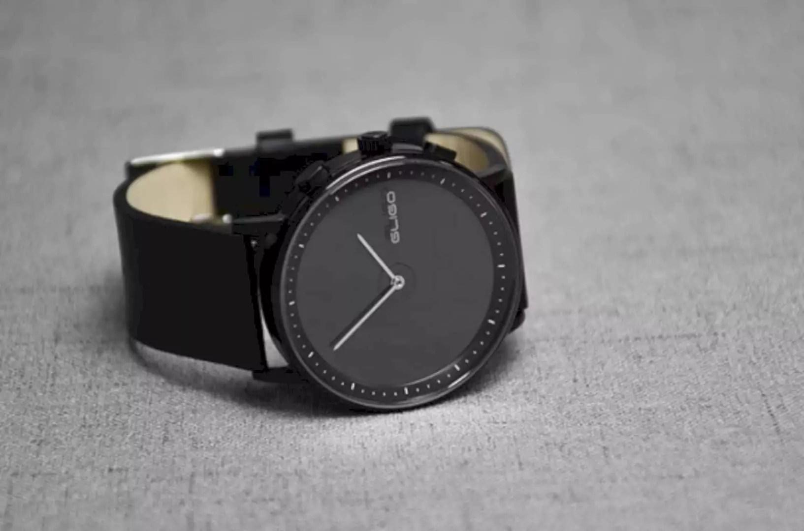 GLIGO E-Ink Smartwatch: Eco Premium Watch with Style