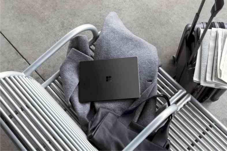 Surface Laptop 2 4