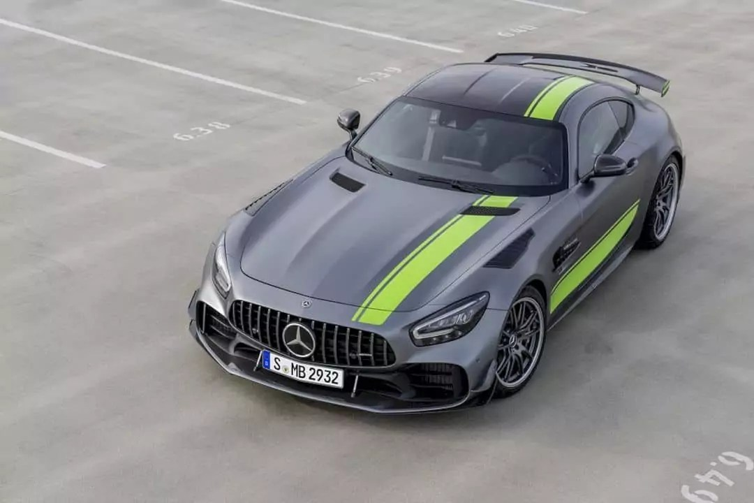 The new Mercedes-AMG GT R Pro: Closer to motor racing than ever before