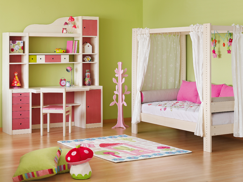 4. Laro_from company's children furniture collection
