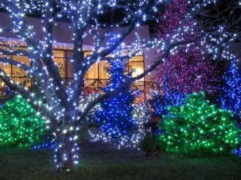 outdoor christmas lights ideas