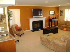 Pictures Of Living Room Colors FmZE