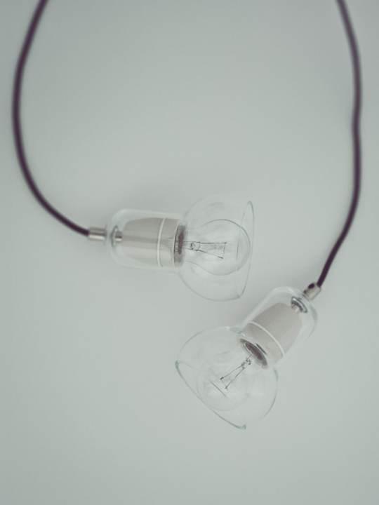 Bulb Sr 1 clear black cord &tradition